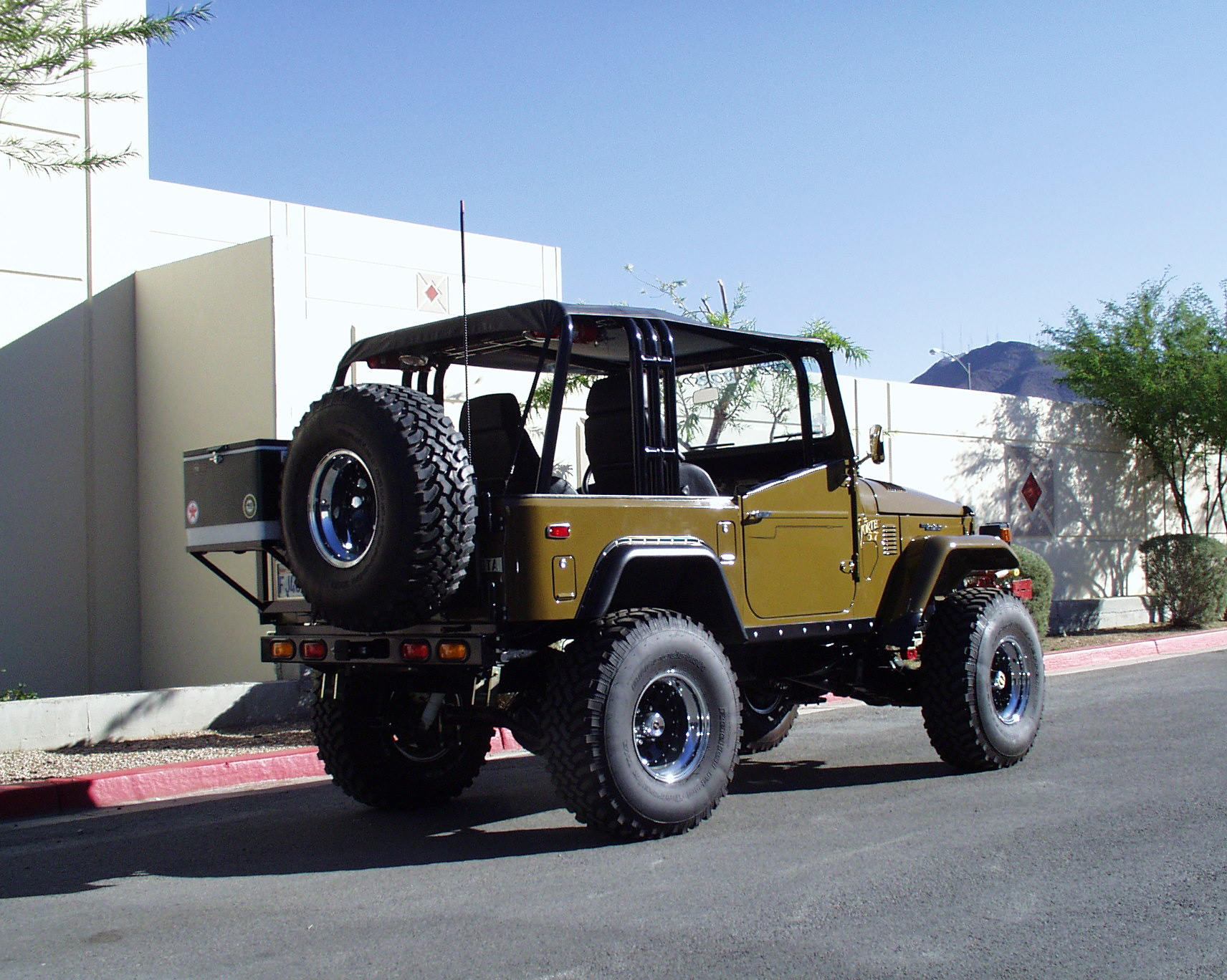 Land Cruiser Restoration – 1976 FJ40 - BTB Products - Land